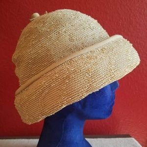 Vintage mid-century cloche hat. Very versatile.